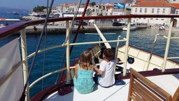 Family boat trip from Split to Golden Horn