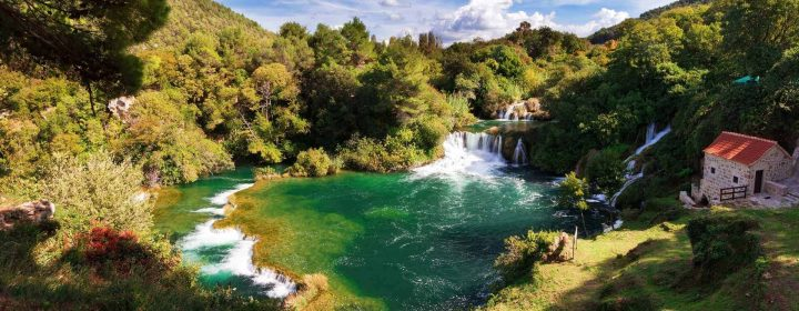 BookYourPerfectTrip_NPKrka_waterfall_pool