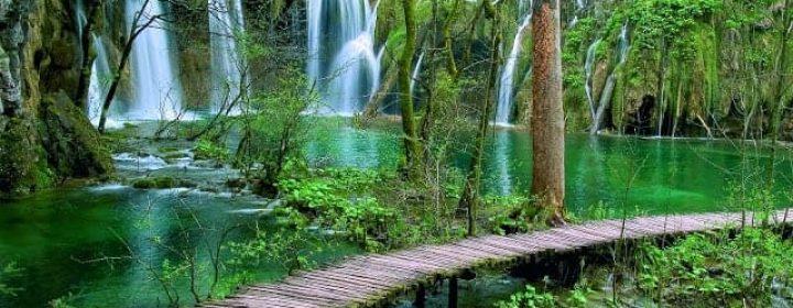 BookYourPerfectTrip_Plitvice_lakes_national_park (4)