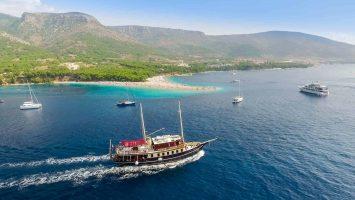 Golden Horn day tour from Split