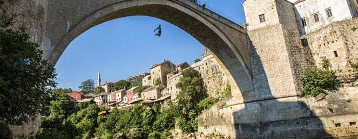 Mostar_bridge_cs