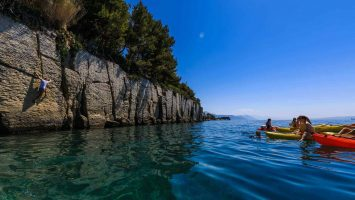 Cliff jumping, snorkeling and kayaking