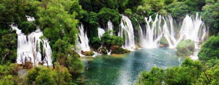mostar-and-kravice-waterfalls-full-day-excursion-from-dubrovnik-in-dubrovnik-406846_crop_flip_800_450_f2f2f2_center-center