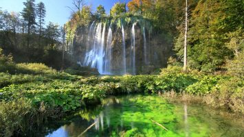 Waterfall on the Plitvice lakes
